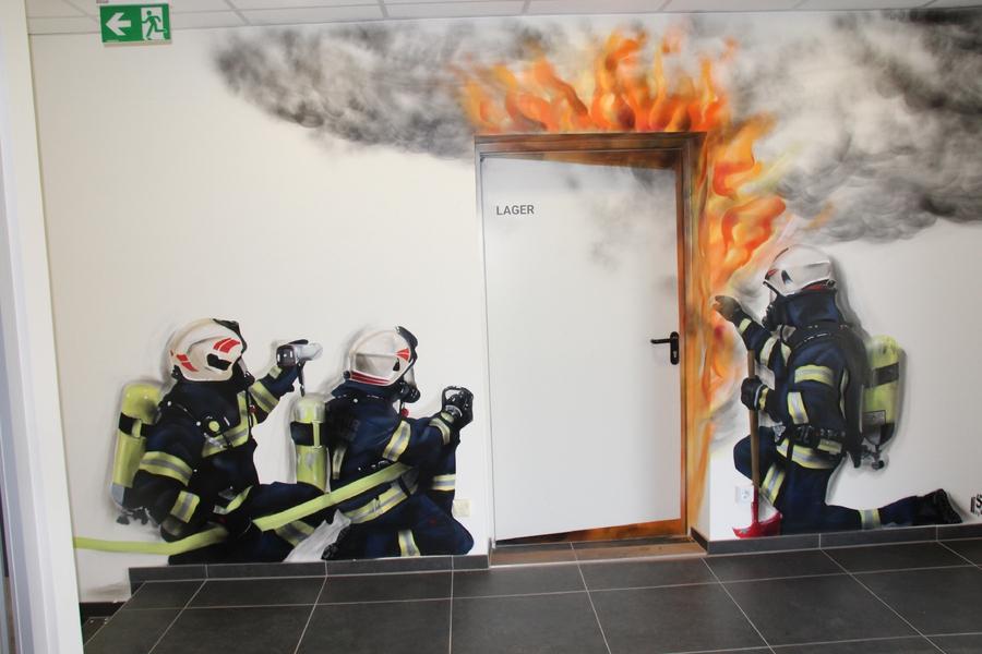 Graffiti Feuerwehrhaus