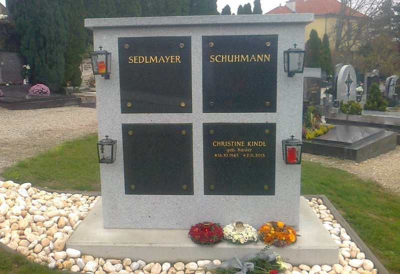 Urnenwand Leobendorf