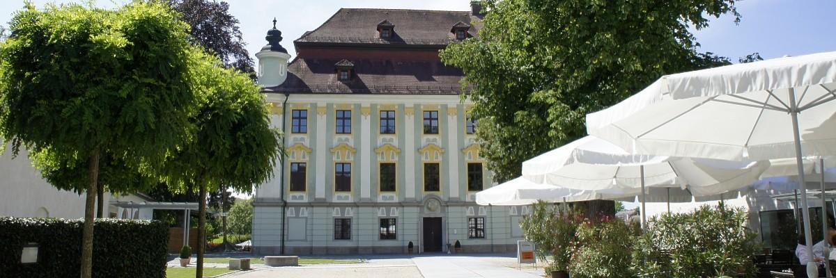 Start Schloss Traun Restaurant Cafe