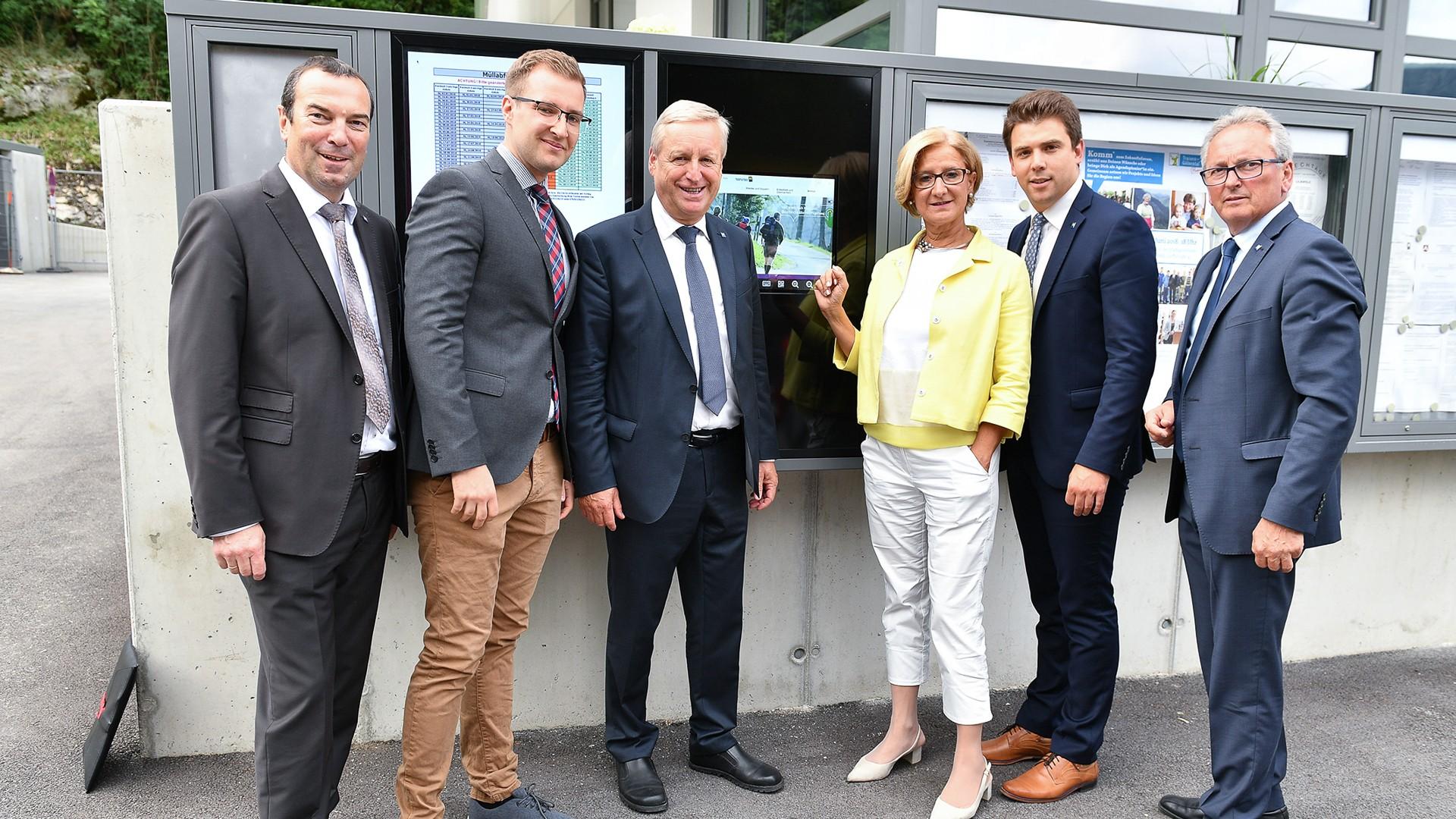 Niederösterreich, Eröffnung Rathaus Lilienfeld mit Infopoint und digitalem Schaukasten,Copyright: NLK Burchhart
